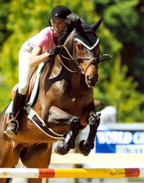 glenn-jumpers-old-salem-horse-show-2010-sm
